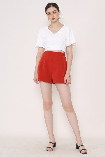 FAYE FLUTTER-SLEEVES TOP (WHITE)